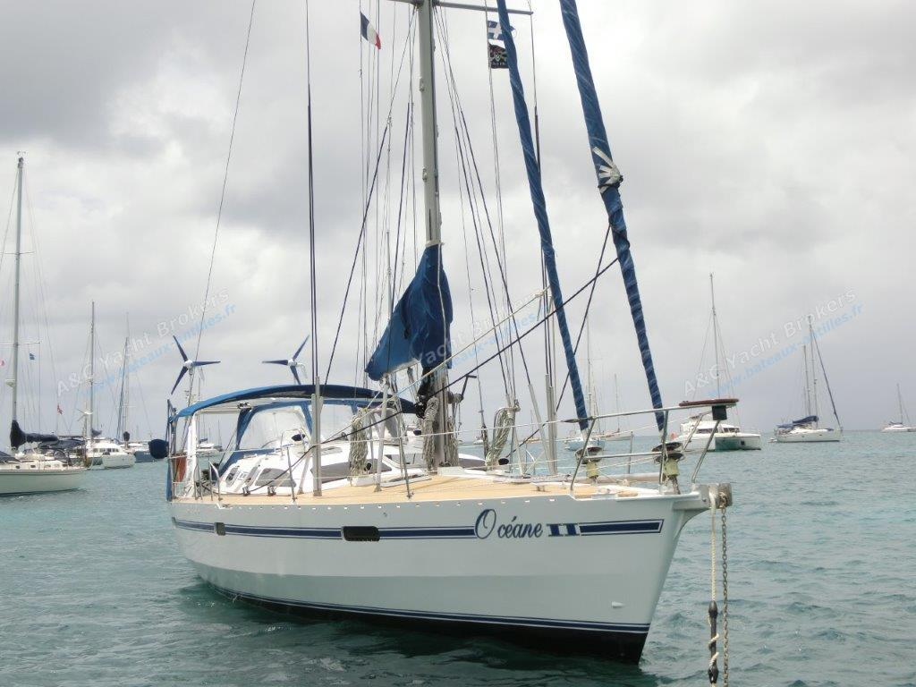 Ovni 43 :  Martinique anchorage